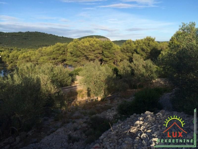gradevinsko-zemljiste-pov-1343-m2-mjesto-kali-mala-lamjana-na-otoku-ugljanu-2.jpeg