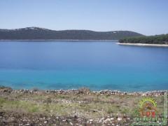 gradevinsko-zemljiste-pov-865-m2-otok-molat-brgulje-50-metara-od-mora-2.jpeg thumbnail