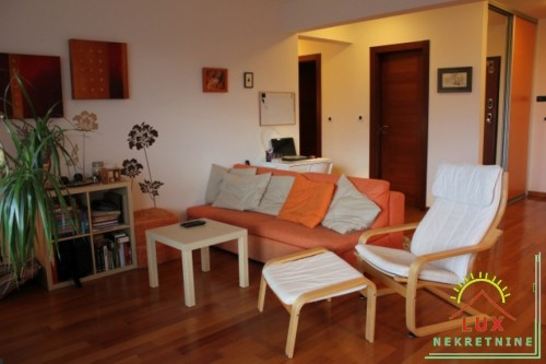 Luksuzan stan pov. 113.67 m2, trosoban, Zadar (Puntamika) 300 metara od plaže