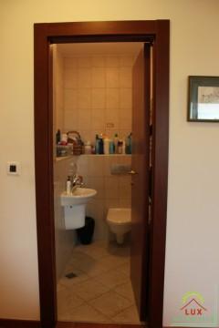 luksuzan-stan-pov-11367-m2-trosoban-zadar-puntamika-300-metara-od-plaze-10.jpeg thumbnail