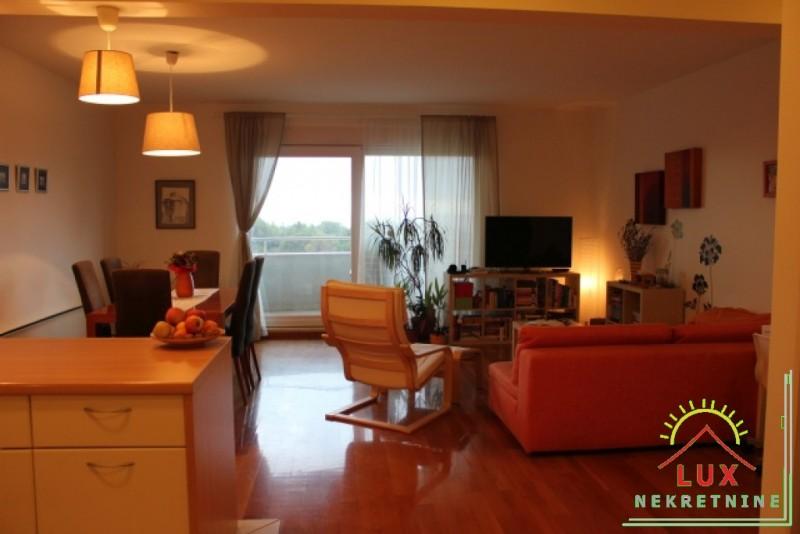 luksuzan-stan-pov-11367-m2-trosoban-zadar-puntamika-300-metara-od-plaze-3.jpeg