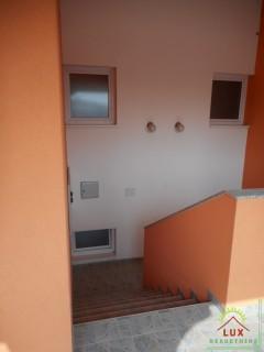 samostojeca-kuca-katnica-pov-312-m2-otok-vir-lucica-sa-4-apartmana-13.jpeg thumbnail