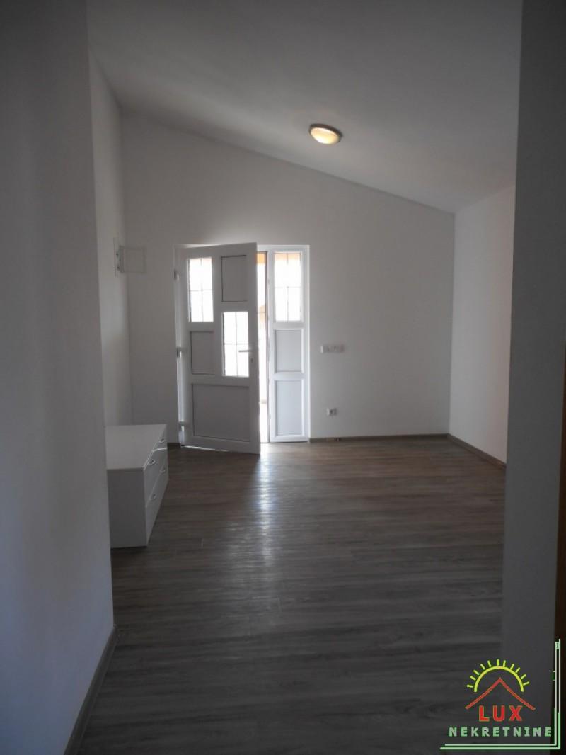 samostojeca-kuca-katnica-pov-312-m2-otok-vir-lucica-sa-4-apartmana-6.jpeg
