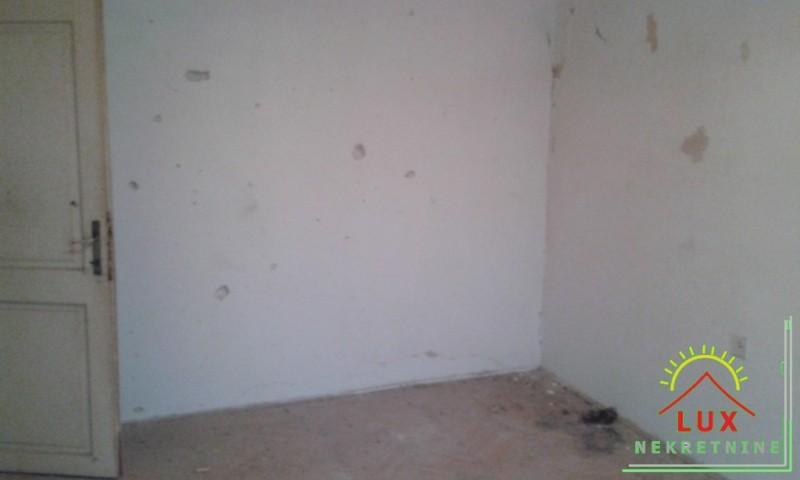 stan-pov-73-m2-trosoban-terasa-pov-40-m2-zadar-poluotok-4.jpeg