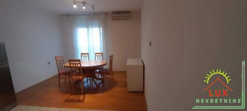 stan-u-zgradi-bez-lifta-pov-56-m2-dvosoban-zadar-vostarnica-7.jpeg